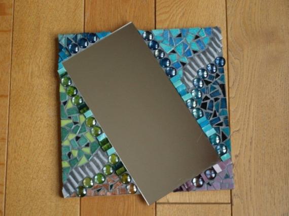 Artisanat d 39 art miroir mosaque multicolore vue de for Miroir des modes 427