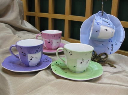 artisanat d 39 art tasse caf musique pastel 2 tasses. Black Bedroom Furniture Sets. Home Design Ideas