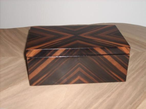 bois marqueterie boite coffret bijoux noble coffret elfe eb ne de macassar. Black Bedroom Furniture Sets. Home Design Ideas