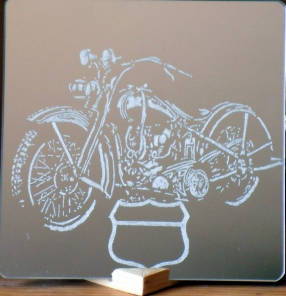 Dco design gravure miroir moto artisanal miroir moto for Miroir artisanal