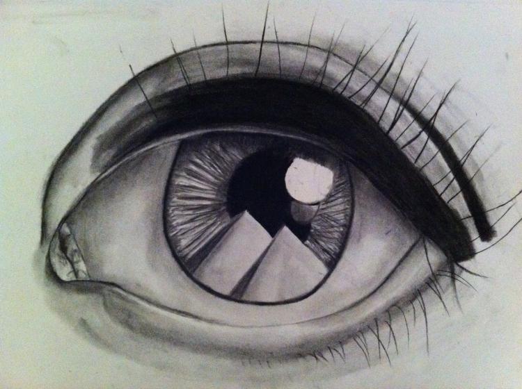 oeil dans pyramide