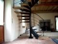 fabrication d'un escalier métal et bois hélicoïdal ou colimaçon