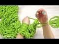 Tricoter une écharpe avec les bras