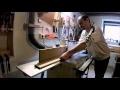 Habillage d'escalier en chêne . Part 3 : usinage des contre marches , main courantes et fuseaux .