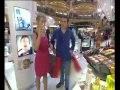 Un gars une fille - font du shopping