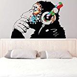Banksy Décalque Mural Vinyle Singe Avec écouteurs / Chimp écoute to the Musique en Écouteurs / Street Graffiti Art Sticker ...