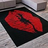 DeBonsol - Tapis salon LEVRE BISOUS SWAG noir rouge UNIVERSOL