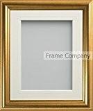 Frame Company Eldridge gamme 30 x 25 cm-Cadre Photo doré avec Passe-Partout ivoire pour Photo de taille 10 x 8 ...