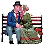Lemax Sujets s'embrassant sur un banc Idéal pour la décoration d'un village de Noël