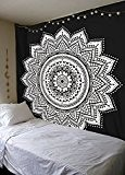 Noir et blanc Mandala Mandala-wall-hanging-art Queen-size-tapestry