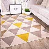Tapis de salon tradtionnel Milan triangles motif arlequin ocre jaune gris beige 160cm x 230cm