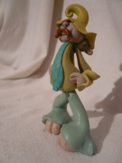 mixte personnages figurine lutin gnomos fantastique : Moustache ou Cravate