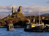 Ruins of Castle Moil and Fishing Harbour at Kyleakin, Skye, Inner Hebrides, Highlands, Scotland - Patrick Dieudonne