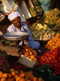 Fruit and Vegetable Vendor in the Luxor Souq, Luxor, Egypt - Patrick Syder