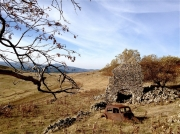 photo paysages ruines epave de voiture monts d ardeche : Vestiges