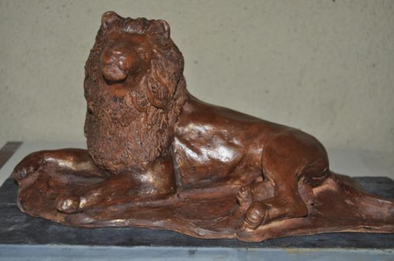 sculpture lion sculpture en terre sculpture animali re kratos. Black Bedroom Furniture Sets. Home Design Ideas