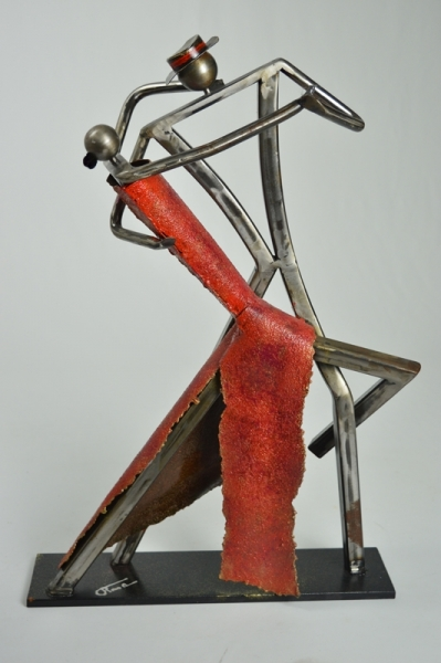sculpture moderne metal