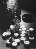 View of Pills in Production - Walter Sanders