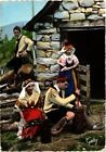 CPM France - Folklore - L'Ariege - Cabane du patre - Fabrication (699664)
