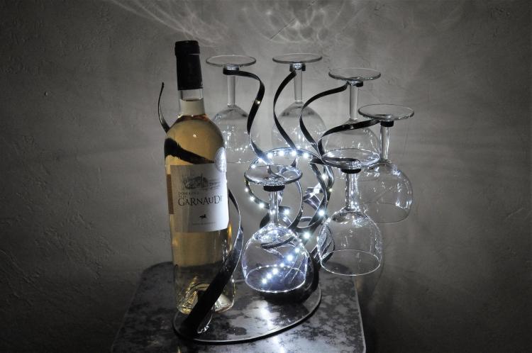 ARTISANAT D'ART porte bouteille art de la table fait main - porte bouteille original en métal,