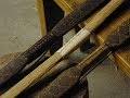 Archerie ancienne, arcs préhistoriques en bois massifs, arcs renforcés avec des tendons
