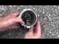 Nettoyer un débitmètre d'air avec du nettoyant freins
