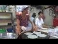 Elle fabrique des feuilles de riz d'une façon remarquable !