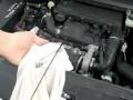Vérifier un niveau d'huile moteur avec la jauge manuelle