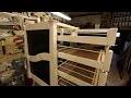 Meuble en bois et plastique : les tiroirs