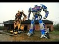 Un fermier chinois crée des Transformers géants à partir de vieilles pièces de voitures !