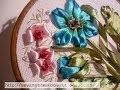 fleur en ruban brodée