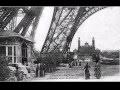 La construction de la Tour Eiffel  - Paris - France