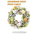 Couronne de Pâques avec œufs et fleurs couleur Pastel