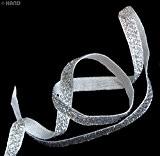 HAND 20m Or / Argent Artisanat mariage ruban métallique bricolage - Styles variés et largeur (FS03 10mm Silver Sequin)
