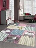 Enfants tapis enfants de tapis de tapis de jeu animaux mignons colorés avec coupe de contour avec le chien de ...