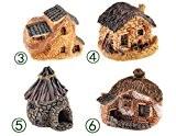 Reka Kolumban 4pcs de Décor de jardin miniature Résine Villa Herbe Maison Dollhouse Ornement Fée (couleur aléatoire)