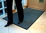 Tapis de propreté strié - L x l 900 x 600 mm gris - Caillebotis Essuie-pieds Tapis Tapis de propreté ...
