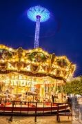 photo autres lumieres couleurs carrousel fete : Le blues